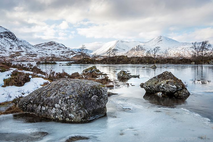 boulders of lochan na h-achlaise.