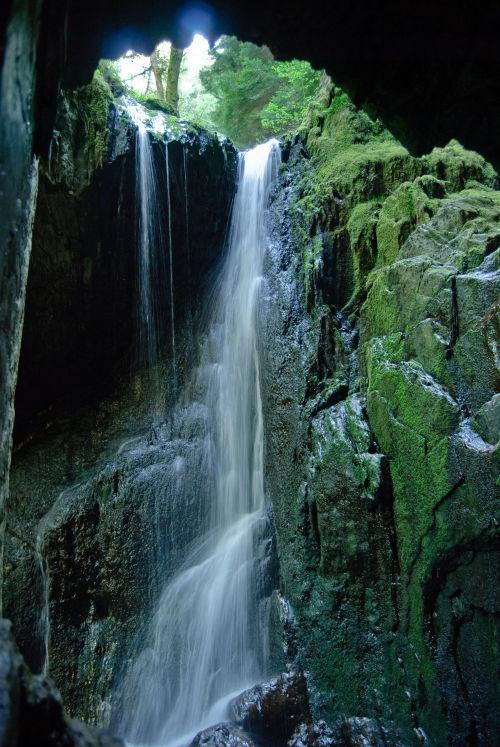 Cavern Cascade Hafod