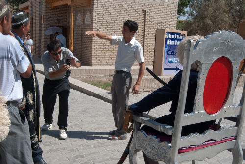 Khiva, have your photo taken with an Astrakhan hat
