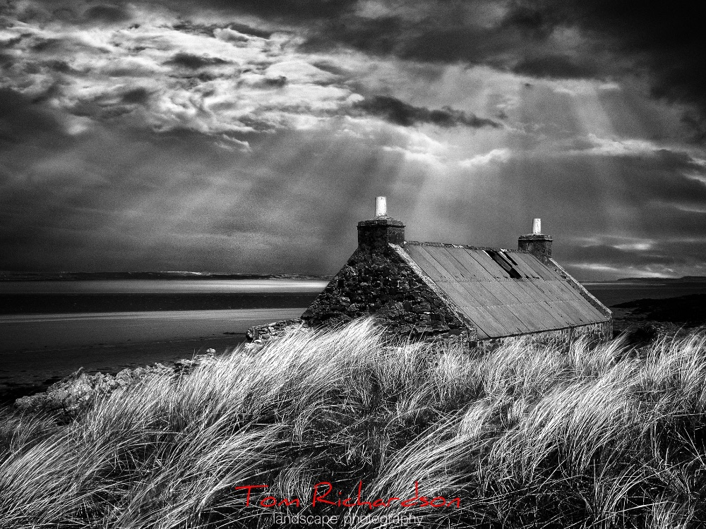 Bothy Loch Gruinart Islay