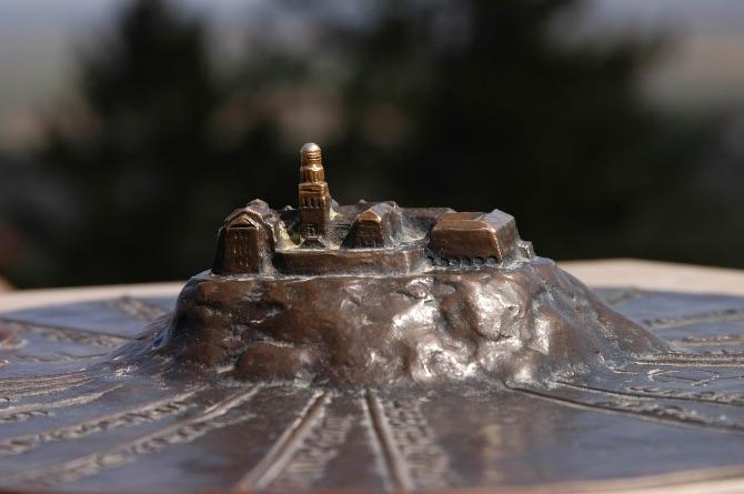 Buildings Monuments-10