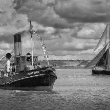 Tug & sail