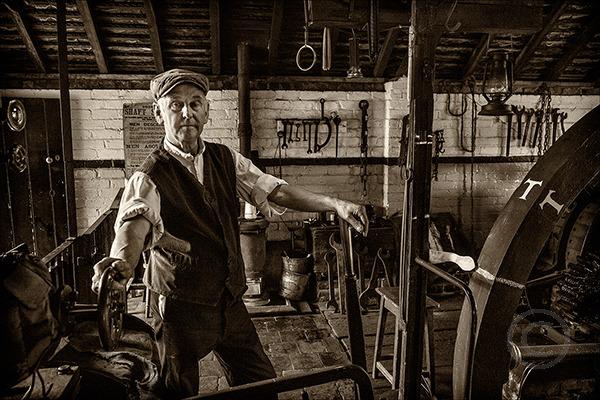 Wheelhouse Operator in Mono