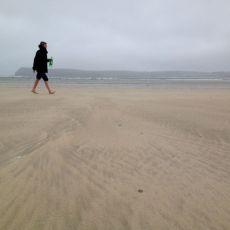 Razor claming in the estuary