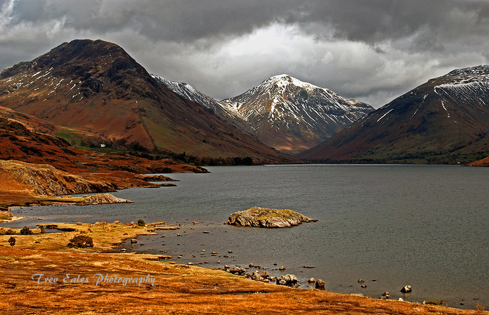 Across Wastwater to Great Gable