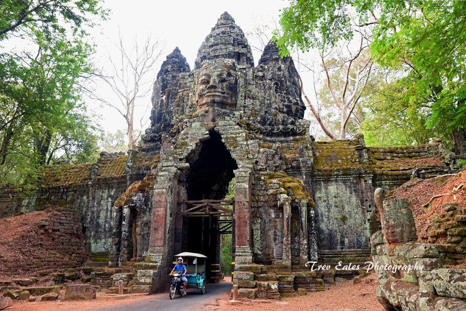 Arrival: Angkor Thom North Gate