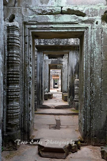 Inside Prah Kahn