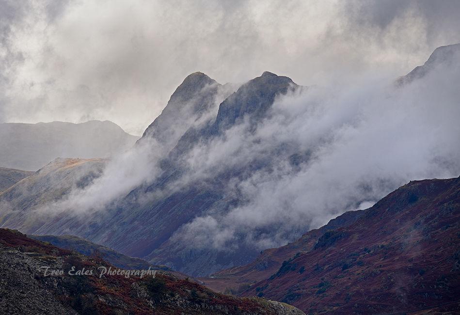 Twin Peaks: Langdales emerging.