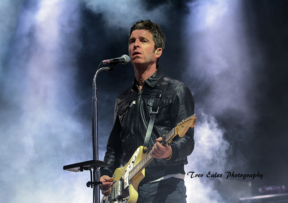 Noel Gallagher, Noel Gallagher's High Flying Birds.