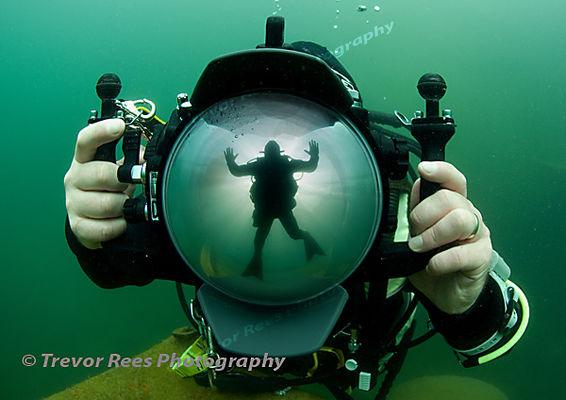 Diver & Dome
