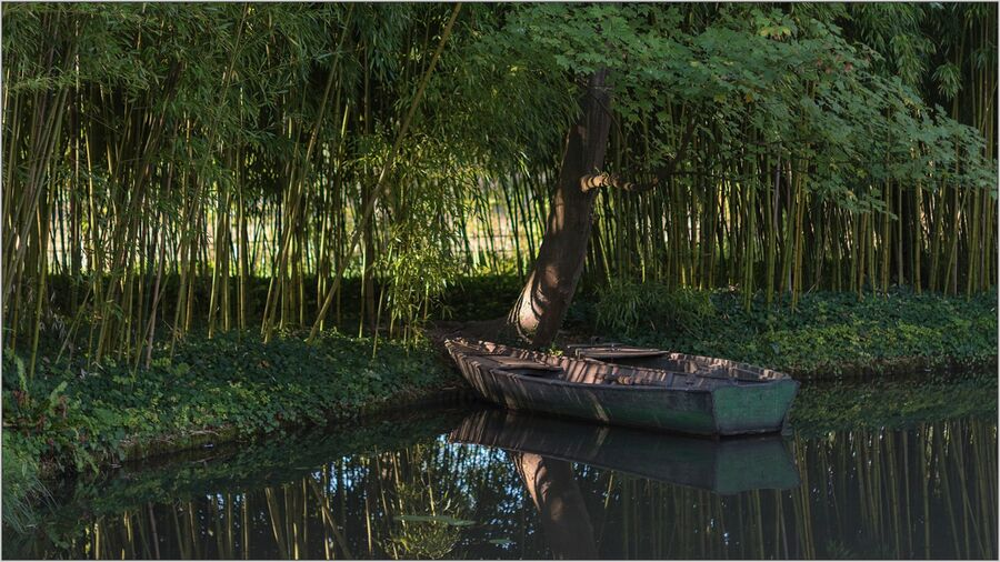 Givenny Boat