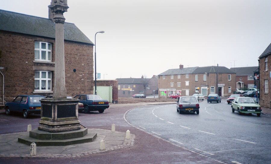 Kettering Road Rothwell 1991