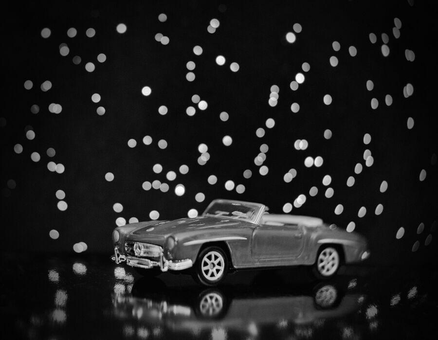 Mercedes Mono