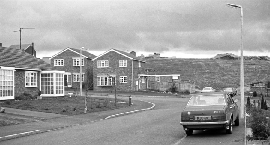Livingstone Close Rothwell 1981