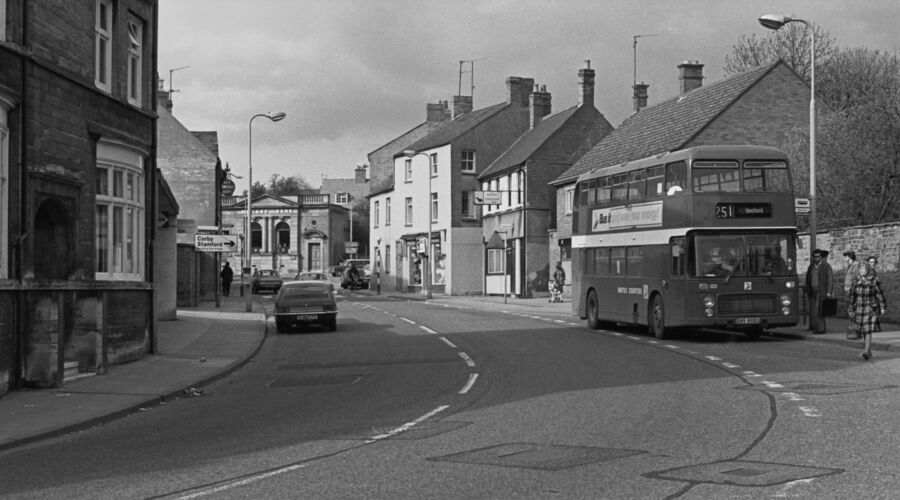 Kettering Road Rothwell 1982