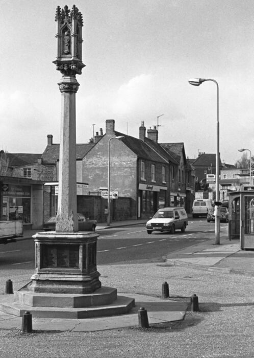 High Street Rothwell 1982
