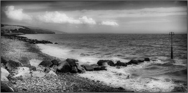 Amroth shore - Ian Ledgard