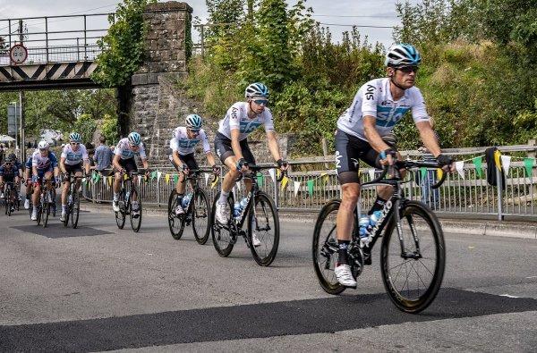 Sky Team - Ian Ledgard