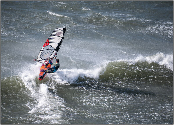 Riding the wave - Ian Ledgard