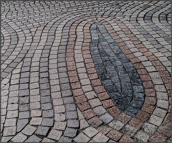 Paving patterns - Ian Ledgard