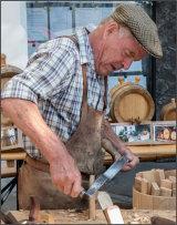 Cask maker
