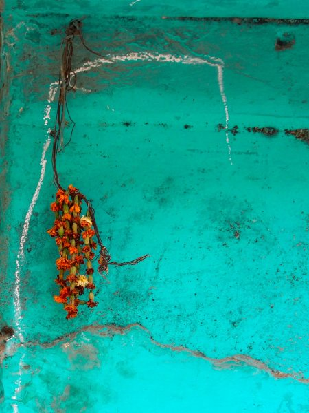 Turquoise wall - Jane Evans