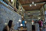 Tapas bar, Santa Cruz quarter