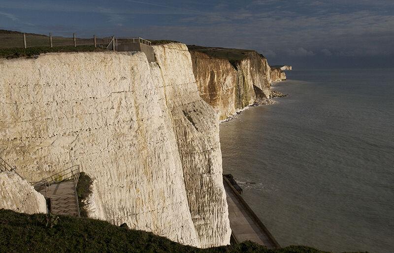 Impressive line of cliffs