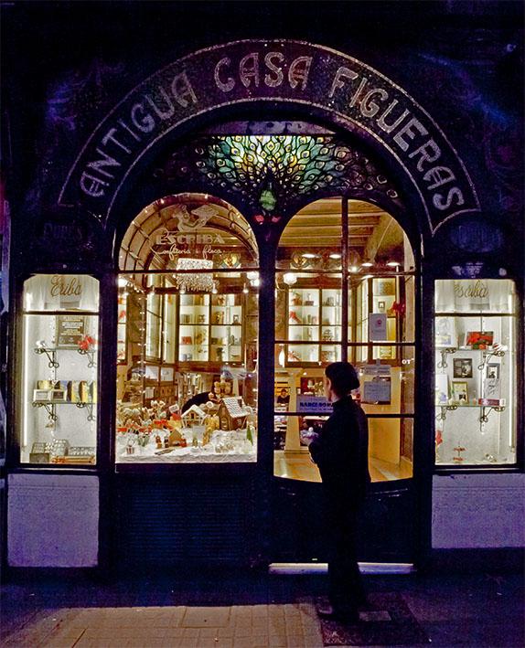 Old shop facade (ii)
