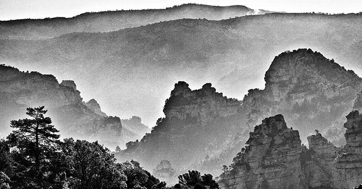 Mono peaks