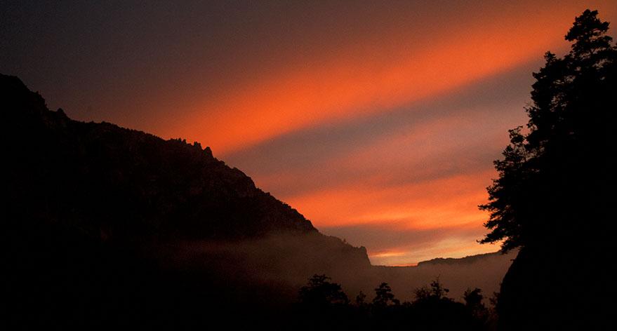 Stunning sunset over the Tarn