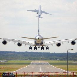 A350 and A380 at Farnborough