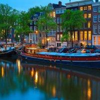 Amstel Houseboat