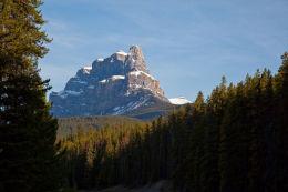 Castle Mountain 2,766 m (9,075 ft)