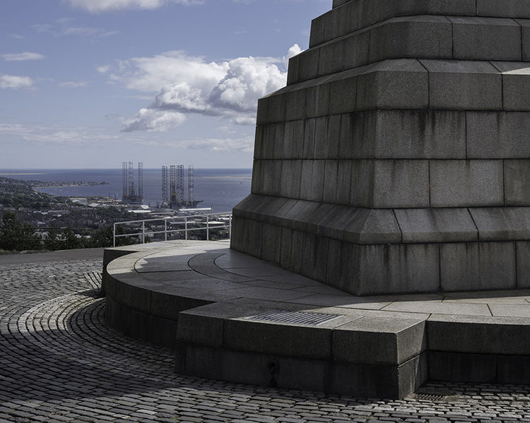 Dundee Law, Dundee (NO 39141 31329) looking ESE.
