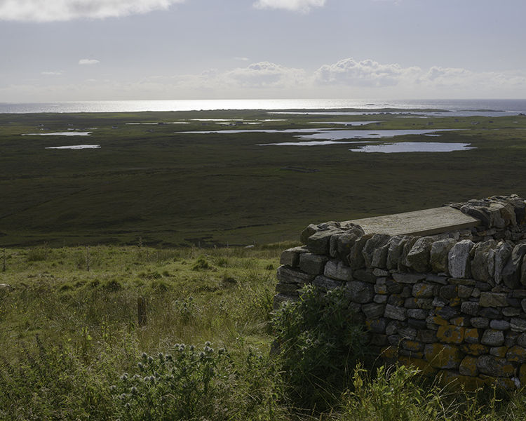Sùil air Hiort (St Kilda Viewpoint), North Uist (NF 74657 71538) looking WSW.