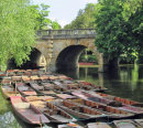 075 Punts at Magdalen Bridge, Oxford