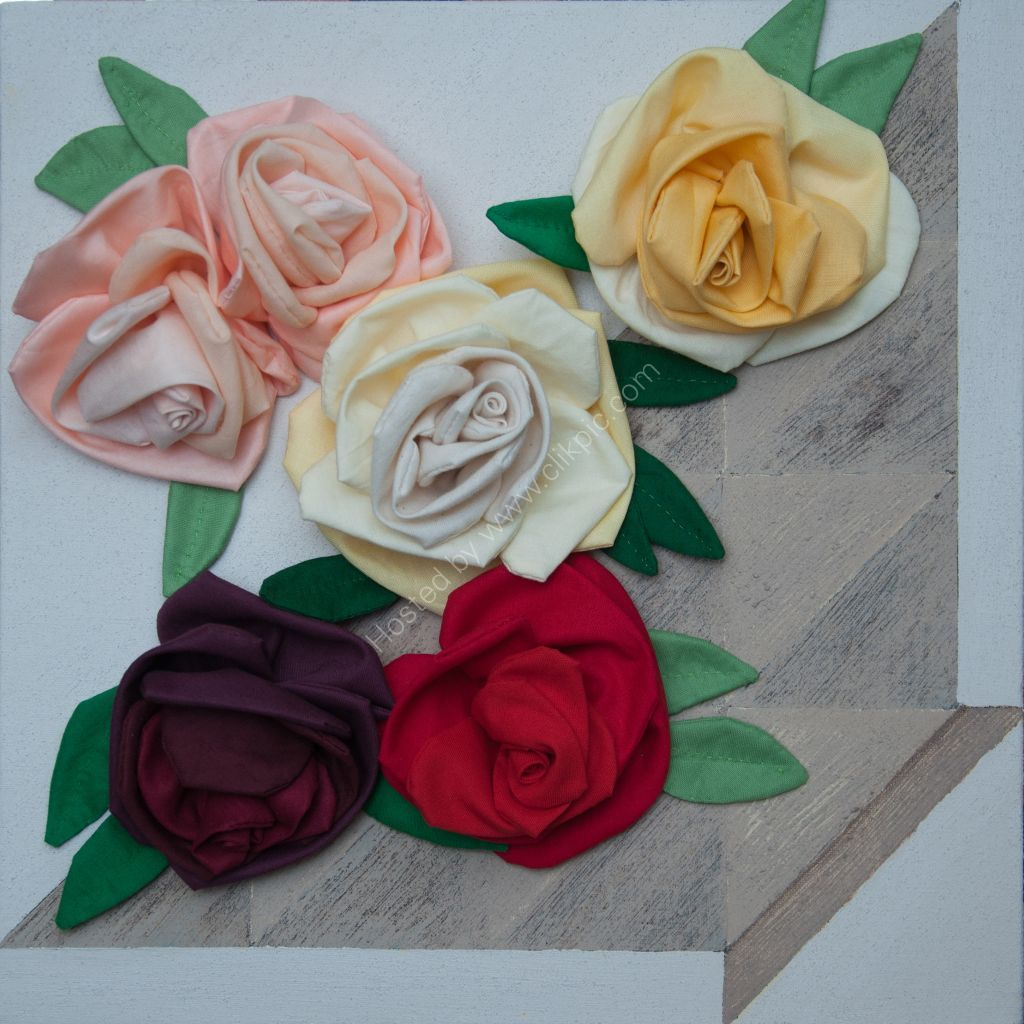Roses. Soft sculpture.