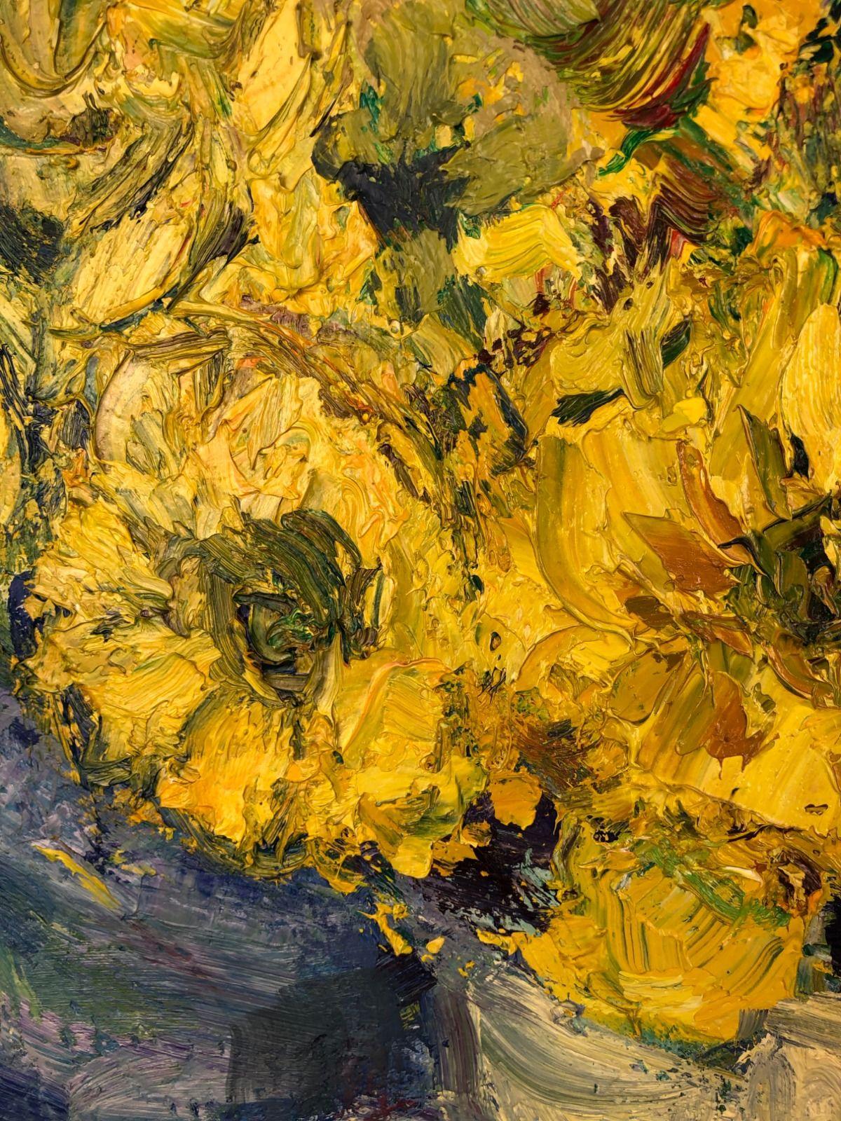 Daffodils in a Jug 2Closerup.