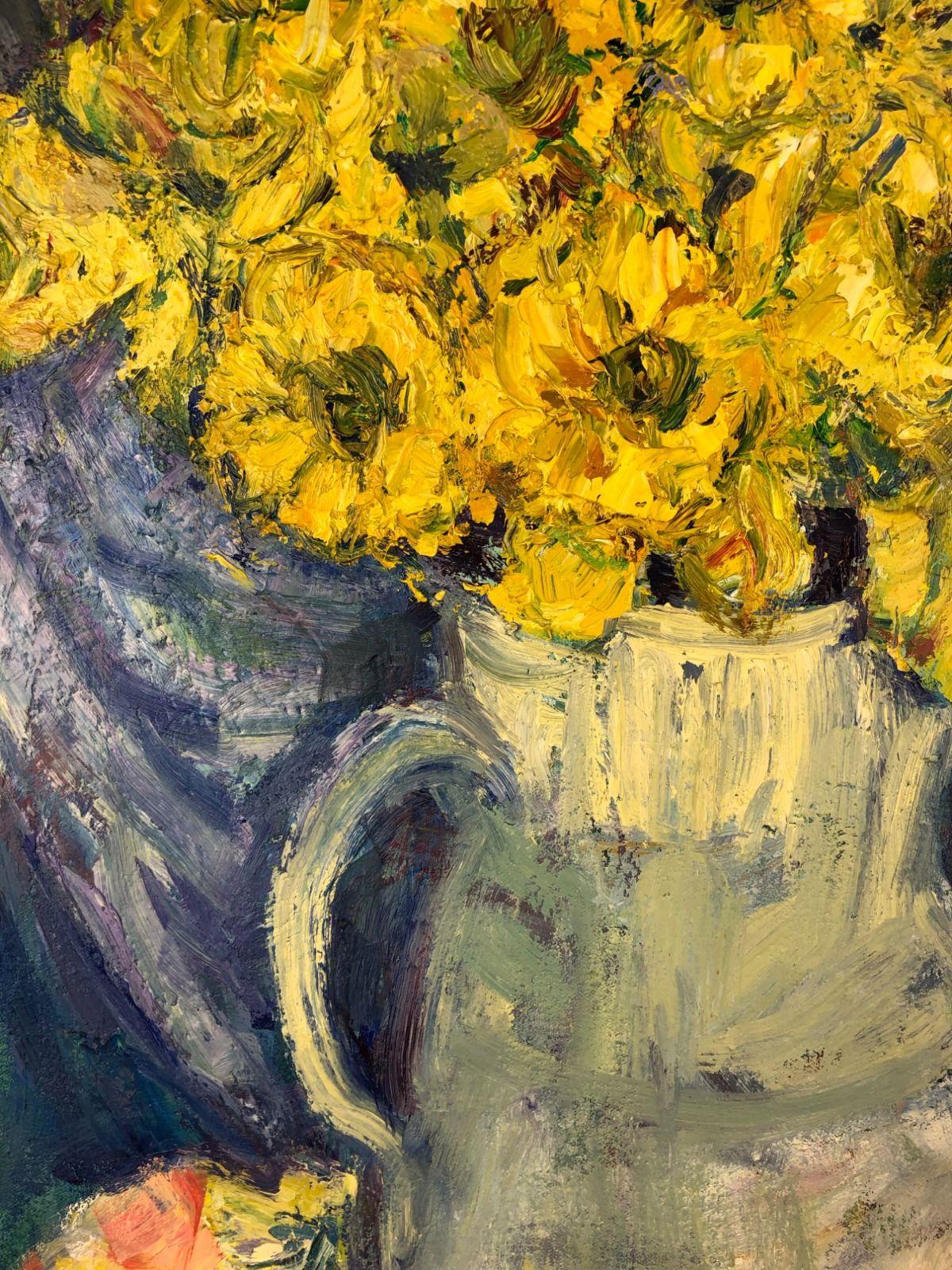 Daffodils in a Jug 2Closeup.