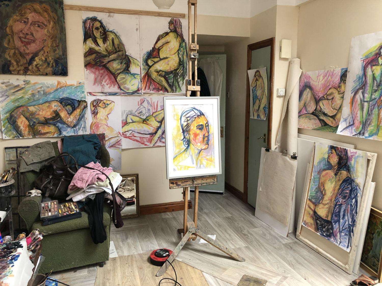 Val Robinson in Studio 4