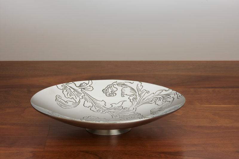 Pewter Leaf pattern bowl