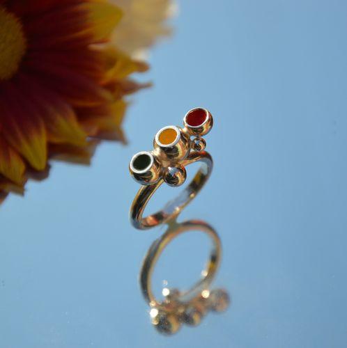 Sterling silver traffic light enamel ring