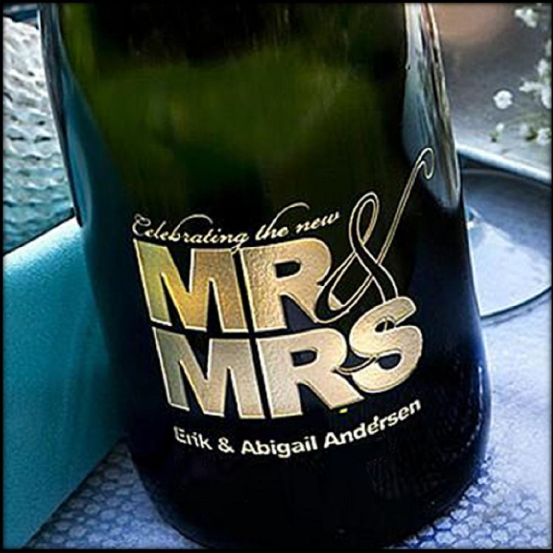 500 x 500 Celebrating the New Mr & Mrs