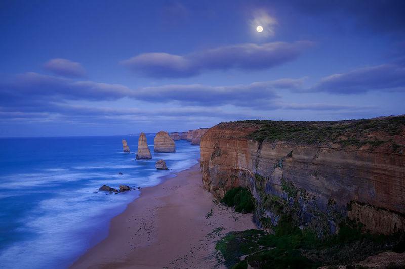 Moonlight Apostles