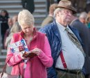 Peter Elliston  A Day at the Races  19 marks