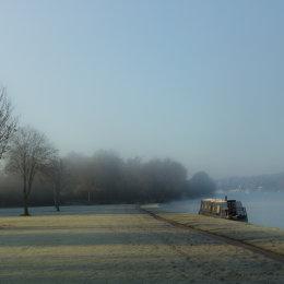 Misty morning in Remenham