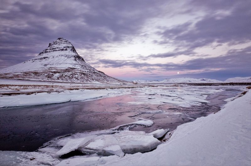 04 Moonrise over Kirkjufell by Jane Lee