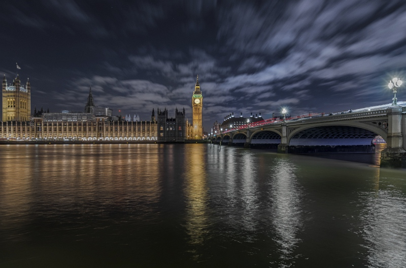 25 Parliament at Night by Steve Davenport