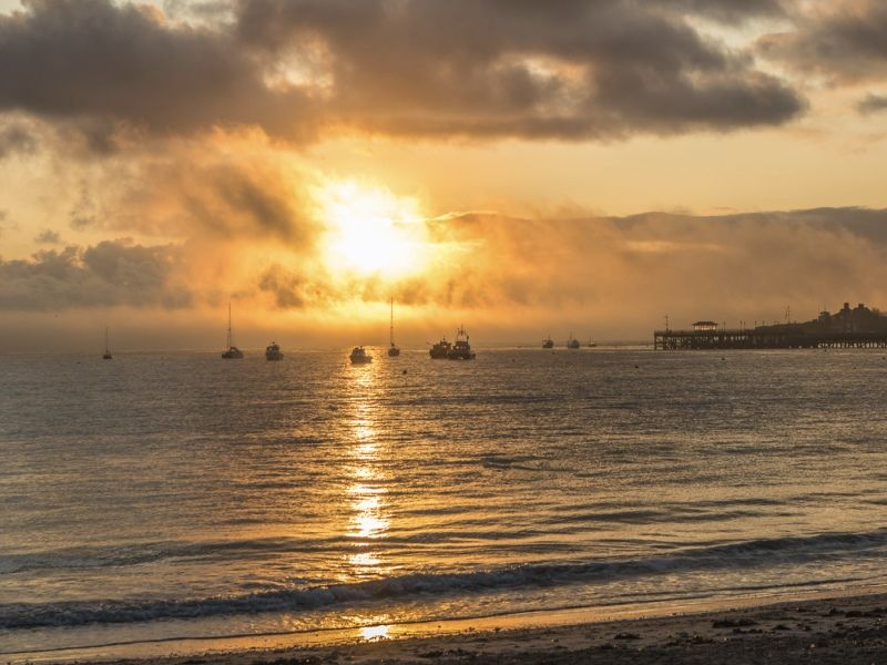Swanage sunrise by David Knott
